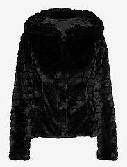 Vila - VIMAYA FAUX FUR JACKET/3 - faux fur - black - 0