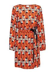 VISARINA SAMBU L/S DRESS - CHERRY TOMATO
