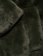 Vila - VIBODA NEW FAUX FUR COAT/PB/SU - faux fur - forest night - 4