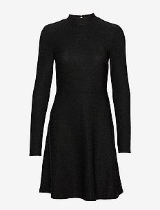 VIGLOWA L/S DRESS/1 - BLACK