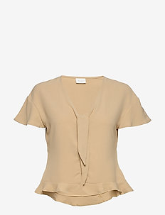 VIRASHA S/S CROPPED TOP/1 - SOFT CAMEL