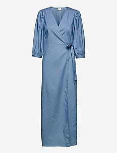 VIBASTA DOLETTA 3/4 WRAP MAXI DRESS/KA - zomerjurken - medium blue denim