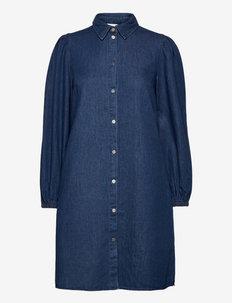 VIFEMIE DAIZY L/S DENIM DRESS - skjortekjoler - medium blue denim