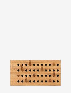 Scoreboard Small, Horizontal - knager & knagerækker - fsc oak veneer, dots with upcycled plastic