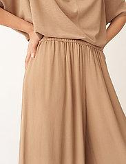 Wera - DIMA - bukser med brede ben - honey - 4