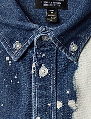WeSC - Olavi Denim Shirt - casual hemden - bleach splatter denim - 2