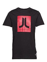 Max Icon T-Shirt - BLACK