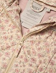 Wheat - Softshell Jacket Gilda - kapuzenpullover - soft beige flowers - 3