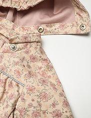 Wheat - Softshell Jacket Gilda - kapuzenpullover - soft beige flowers - 4