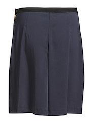 Tene Shorts