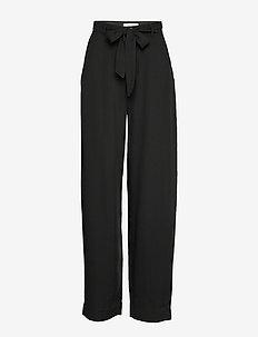 MAXTON BELT - bukser med brede ben - black