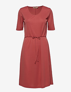 HARPER - midi kjoler - rasberry milk