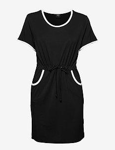 Bamboo beach dress - black
