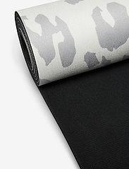 WILMA & LOUISE - Yoga mat Leopard - yogamatten & uitrusting - grey - 1