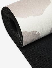 WILMA & LOUISE - Yoga mat Giraffe - yogamatten en -accessoires - beige - 2