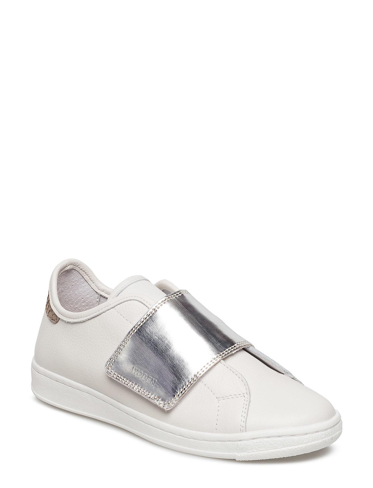 3340c1037fb4 Wrap Wonder Metallic Teen (Bright White  Silver) (649.95 kr) - Woden ...