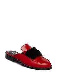 Piper - SHOE COLOUR RED