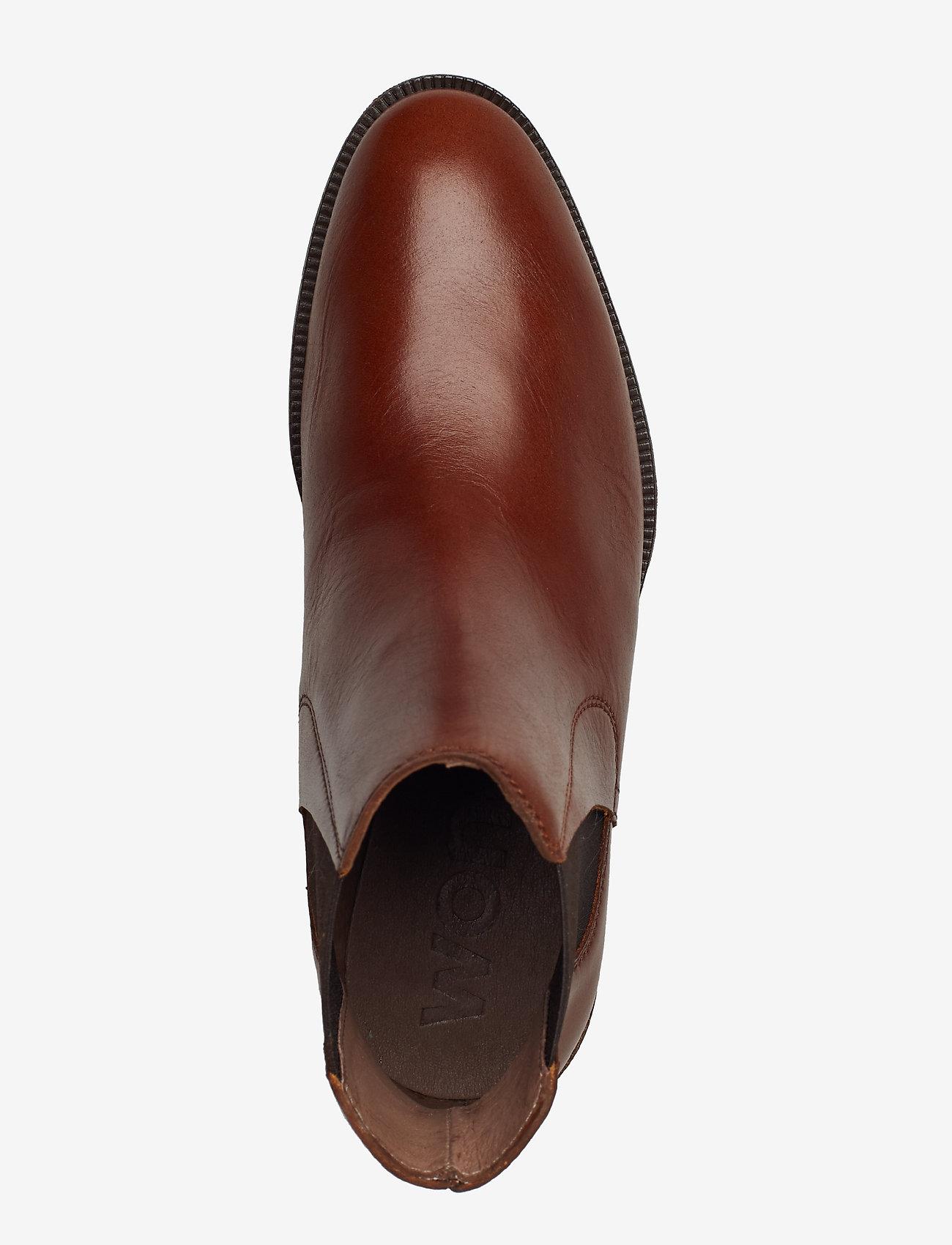 B-7204 (Brown) (79.50 €) - Wonders pcwHp