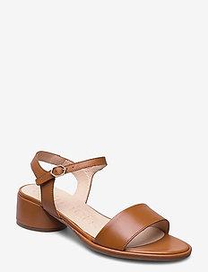 B-7301 - sandalen met hak - brown