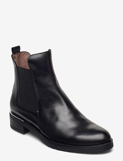 C-5431 - chelsea boots - black