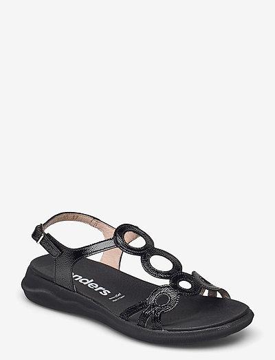 C-5630 LACK - platta sandaler - black