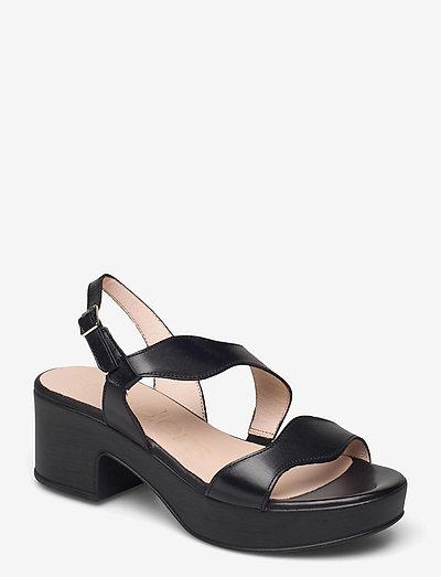 D-8813-P PERGAMENA - högklackade sandaler - black