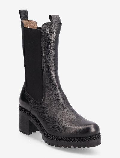 H-3930 - chelsea boots - black