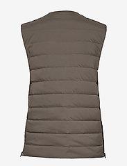 Wood Wood - Kelvin light padded vest - vester - moss - 2