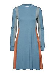 Mandy dress - DUSTY BLUE COLORBLOCK
