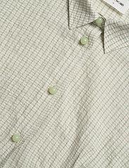 Wood Wood - Lila shirt - lyhythihaiset paidat - green check - 2