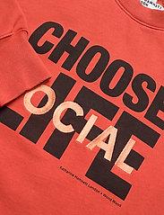 Wood Wood - Patti sweatshirt - sweatshirts - coral - 2