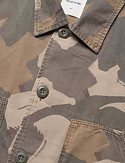 Wood Wood - Fabian shirt - overshirts - brush camo aop - 2