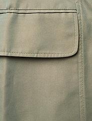 Wood Wood - Lotte iridescent twill skirt - korta kjolar - olive - 2