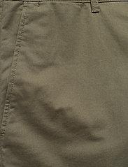 Wood Wood - Jonathan light twill shorts - chino's shorts - olive - 2