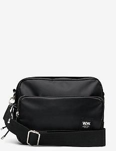 Marlo shoulder bag - BLACK