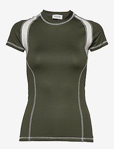 Emma T-shirt - t-shirts - dark green