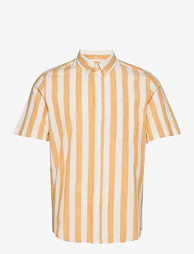 Michael wide stripe SS shirt - linneskjortor - white/yellow stripes