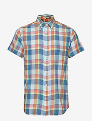 Wrangler - SS 1 PKT BUTTON DOWN - checkered shirts - tangerine - 0
