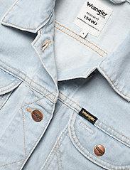 Wrangler - 124WJ - denim jackets - blue rapsody - 2