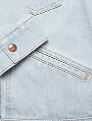 Wrangler - 124WJ - denim jackets - blue rapsody - 3