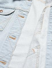 Wrangler - 124WJ - denim jackets - blue rapsody - 4