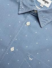 Wrangler - SS 1 PKT SHIRT - short-sleeved shirts - cerulean blue - 3
