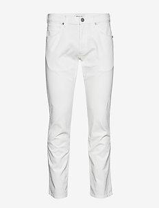 GREENSBORO - OFF WHITE