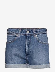 BOYFRIEND SHORT - denim shorts - mid blue