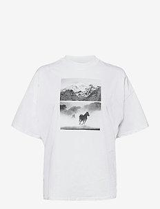 HIGH RIB GIRLFRIEND - t-shirts - white