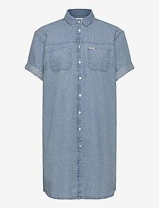 DENIM SHIRT DRESS - shirt dresses - light indigo