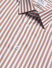 XO Shirtmaker by Sand Copenhagen - 8734 - Jake SC - business skjortor - light camel - 3