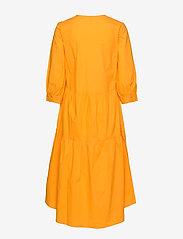 YAS - YASRADHIKA 3/4 MIDI DRESS S. - do kolan & midi sukienki - cadmium yellow - 1