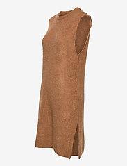 YAS - YASZAL LONG WAISTCOAT D2D - knitted vests - camel - 2