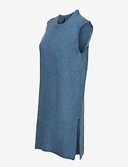 YAS - YASZAL LONG WAISTCOAT D2D - knitted vests - dusty blue - 2